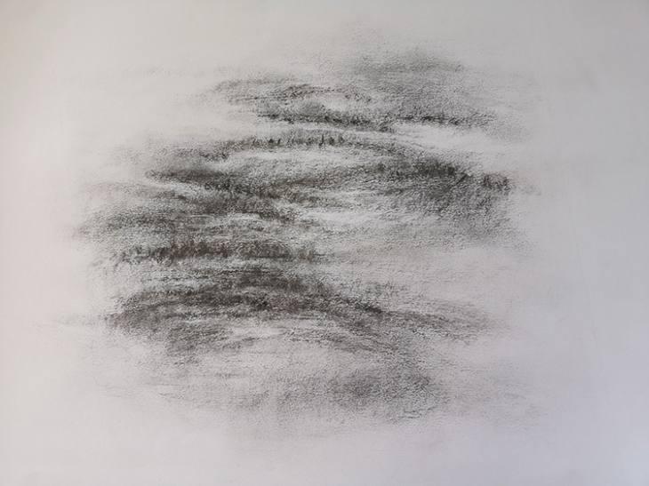Lande au loin – fusain sur papier